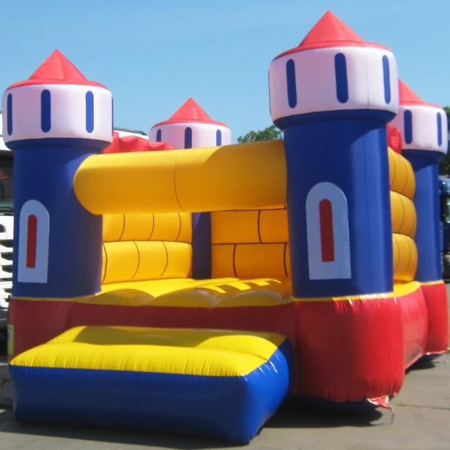 Батут Замок М в аренду - идеальное решение для вашего мероприятия