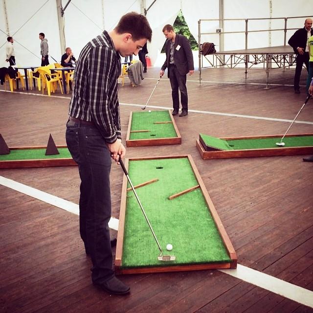 Мини гольф в аренду в аренду – от party2go
