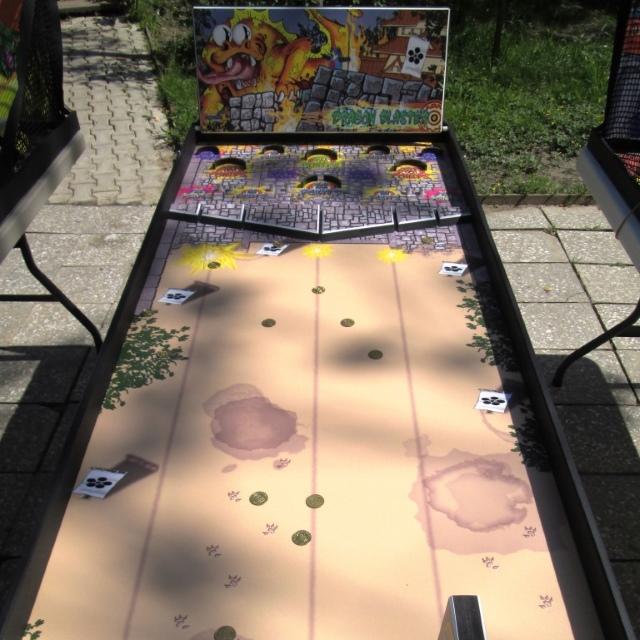 Игровой стол «Крути монетой» в аренду – с нами веселее