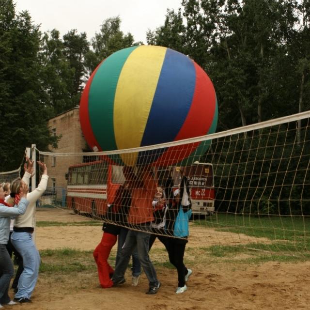 Мяч гигантский в аренду – с нами веселее
